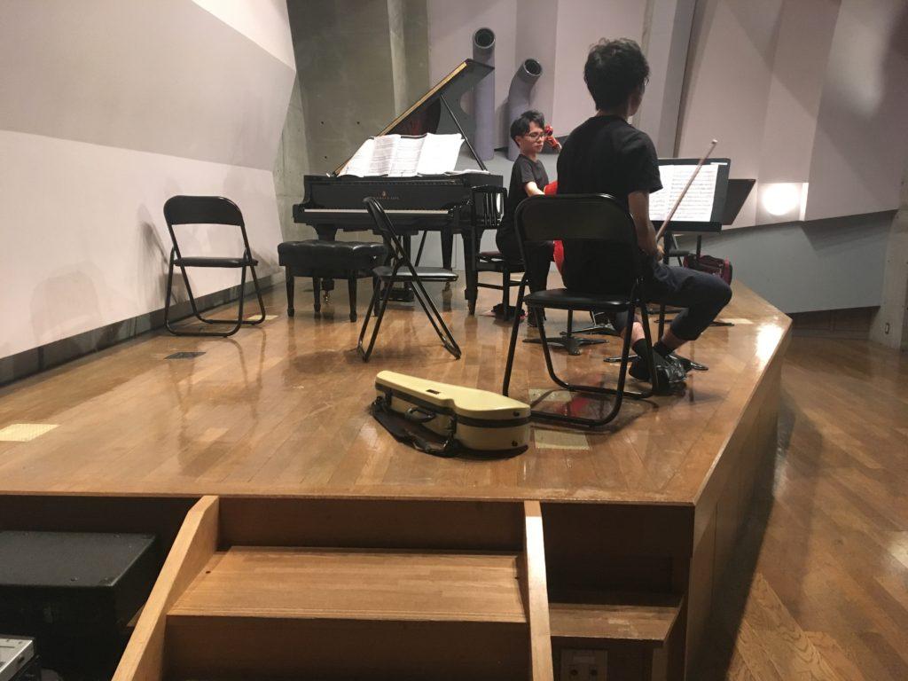 <p>今夜は、若手弦カルとピアノの5重奏。</p> <p>フォーレの1番と2番です。</p>