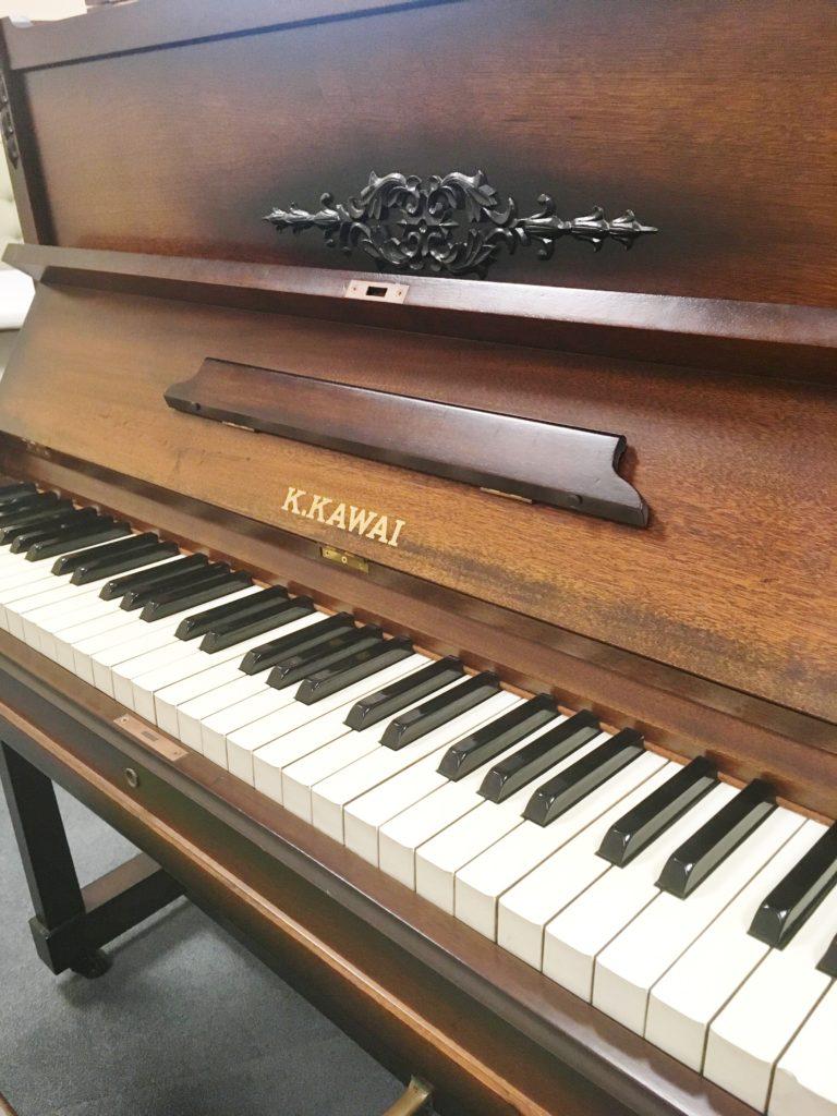 <p>カワイミニピアノ 昭和型 64鍵盤</p>