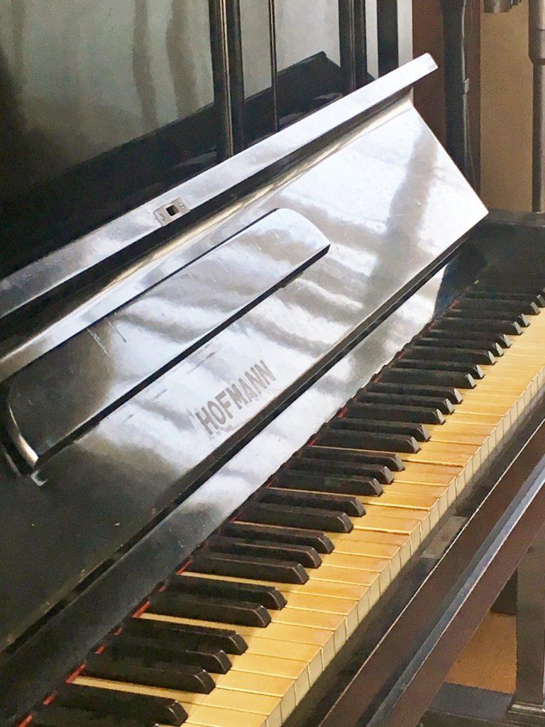 今日の《HOFMANN》ピアノは?
